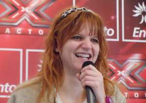 Chiara Sorride Al Pubblico