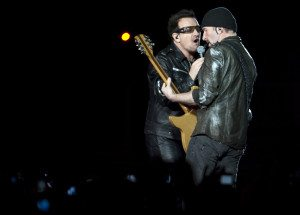 U2 – © ROGERIO BARBOSA/AFP/Getty Images