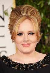 Un primo piano di Adele ai GG 2013 | © Jason Merritt/Getty Images