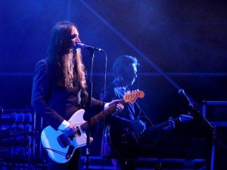 Manuel Agnelli e il chitarrista Giorgio Ciccarelli | © Melodicamente