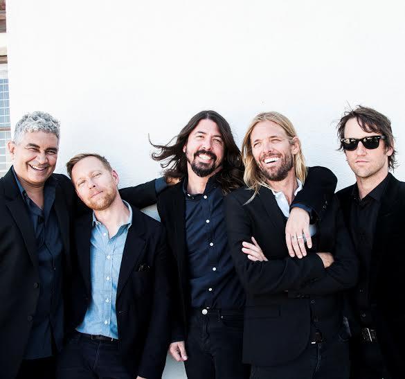 """Foo Fighters, prima di Glastonbury il DVD di """"Sonic Highways"""""""