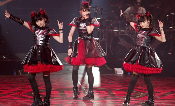 Le Babymetal supporteranno i Guns N' Roses nel tour giapponese