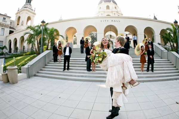 Lindsey and Kyle married at City Hall in Pasadena, CA. Photo Credit: Jen May Photography