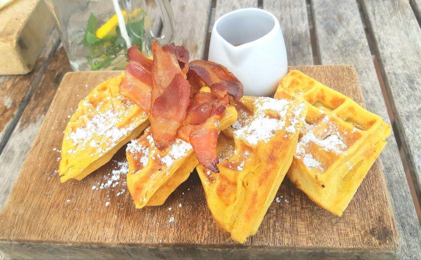 waffles at Hofi Cas Cora