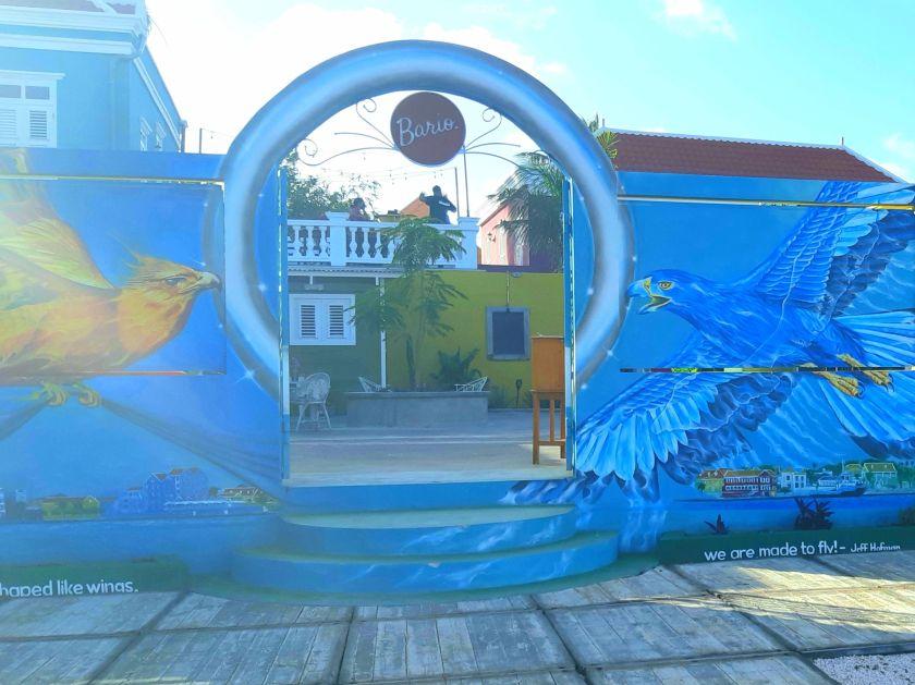 El Bario patio entrance where to eat in Curacao
