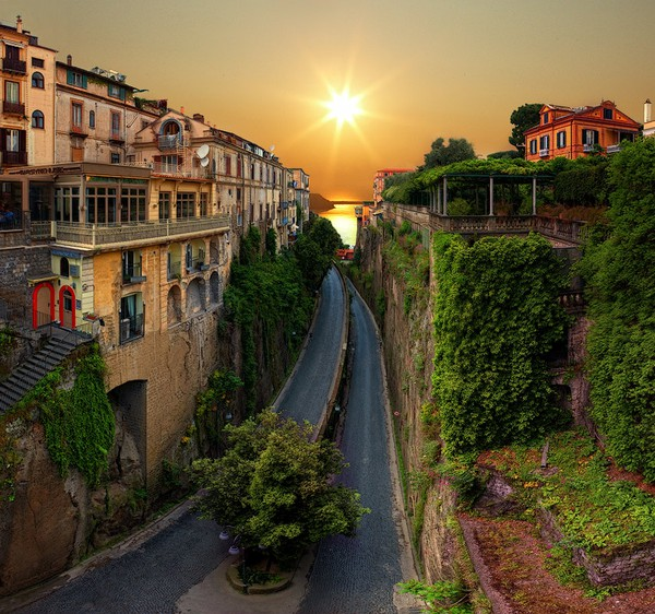 Sunrise Highway, Sorrento, Italy