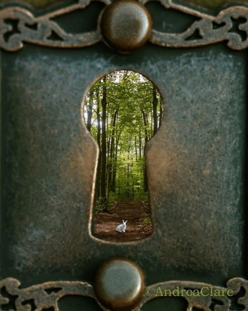 Through the Key Hole, New York