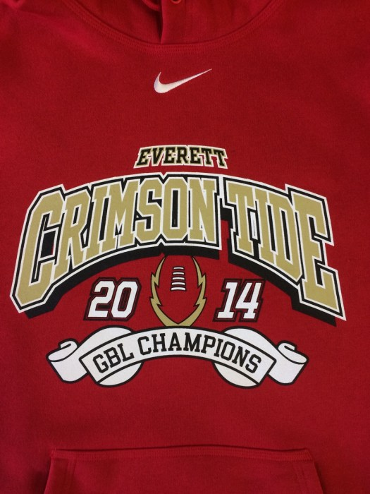 printed sweatshirt: everett crimson tide football logo