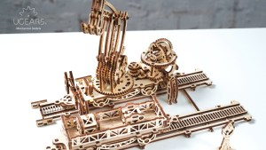 Ugears Rail Manipulator Mechanical Town Series (75)