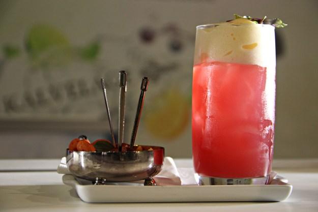 Para quem quer atrair paixões, sugestão é o drink Diamante Brasileiro. Imagem: Odair José Videojornalismo