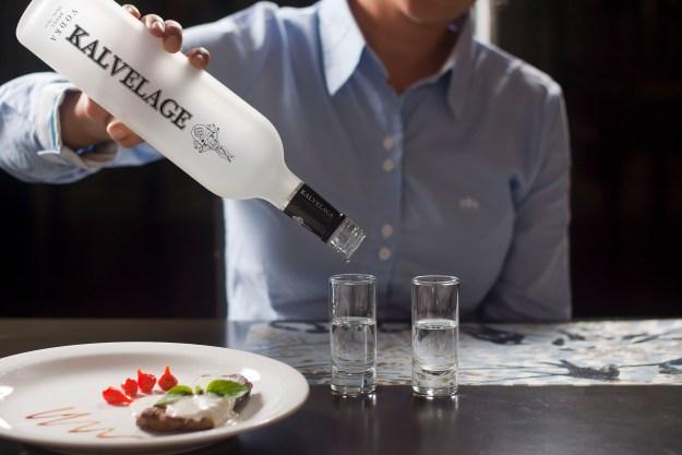 Vodka Kalvelage comemora primeiro aniversário no dia 22 de novembro. Imagem: Sérgio Filho