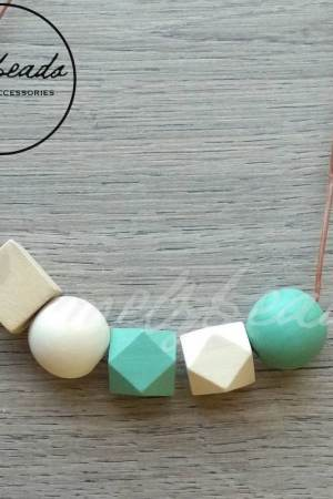 Mint Natural Geometric Wooden Bead Necklace