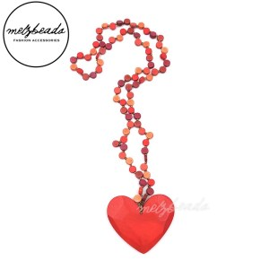 Red Heart Pendant Wooden Bead Necklace