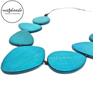 Turquoise Leaves Wooden Necklace
