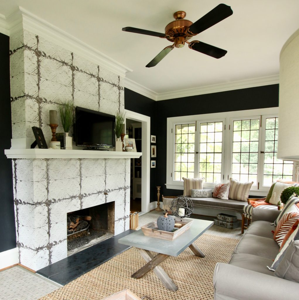 Warm Up To Fall In This Inviting Farmhouse Style Sunroom With