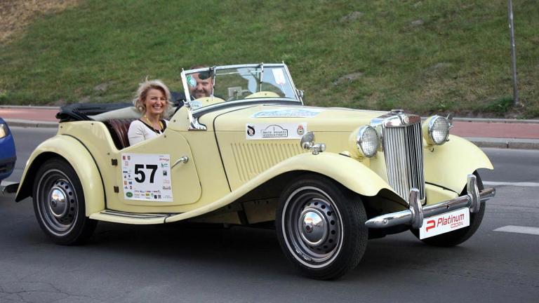 ძველი ავტომობილები - მე მოგზაური