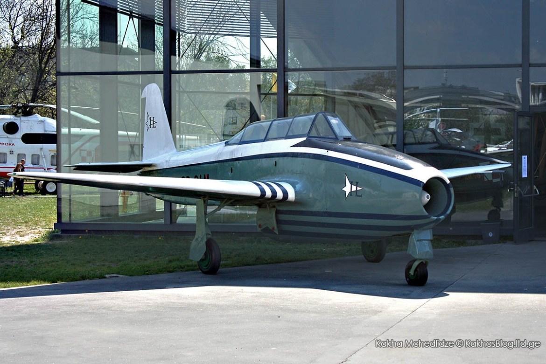 Yakovlev Yak-17UTI