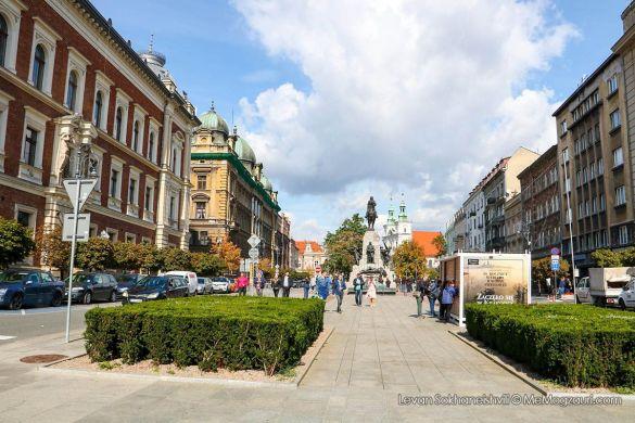 კრაკოვი - ქალაქი რომელიც თავს შეგაყავრებთ - მე მოგზაური