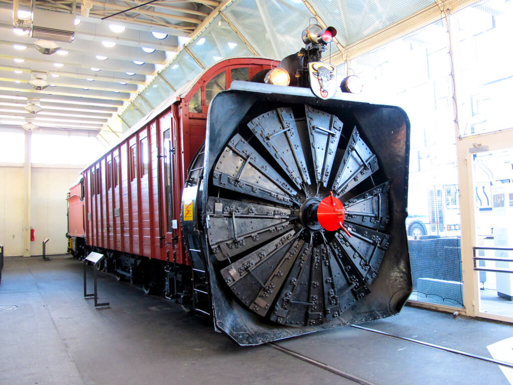 A train on display at the Swiss Transport Museum