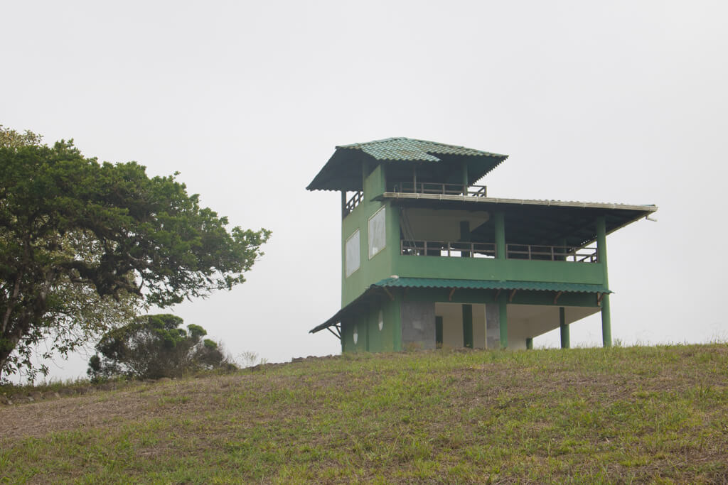 Climb to the top of this viewing deck for spectacular views of Santa Cruz Island in the Galapagos