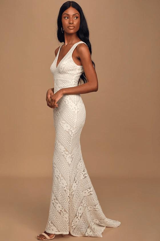 Lace mermaid maxi dress for wedding