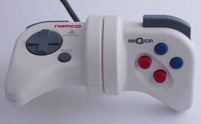 Namco Negcon controle