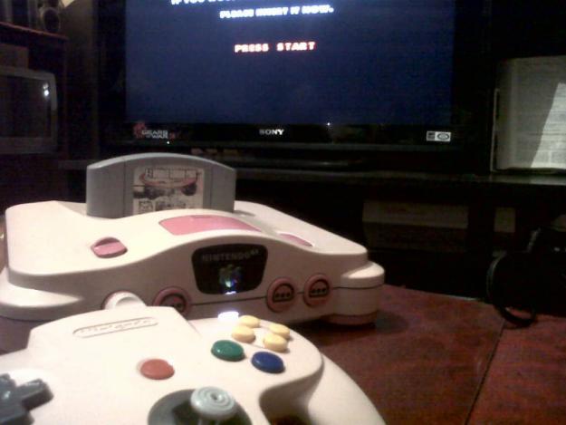 Nintendo 64 rosa