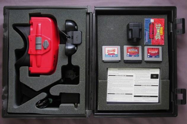 Maleta usada nas lojas Blockbuster para locação do Virtual Boy.