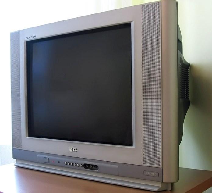 tv LG Flatron antiga