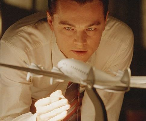 【アビエイター(The Aviator) 】実在する大富豪の人生を描いたおすすめ映画