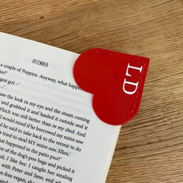 Red Heart Corner Bookmark 1 - Homeware
