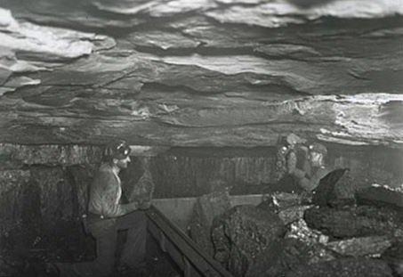 Kenvir Miners Loading Coal, Kenvir KY