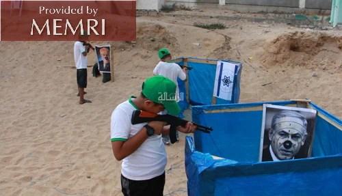 Acampamento de verão do Hamas recruta adolescentes para treinamento terrorista em Gaza 19