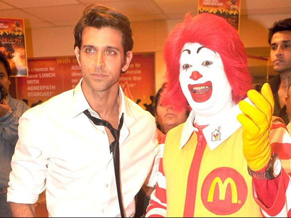 Hrithik Roshan promotes Agneepath at Mc Donalds Images