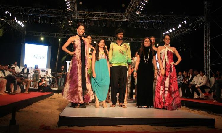 Gogee Vasant Showcased Her Collection At IRFW 2012 On Day 1