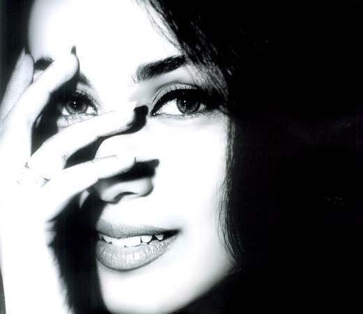 Nice And Cool Images Of Hot Rani Mukherjee