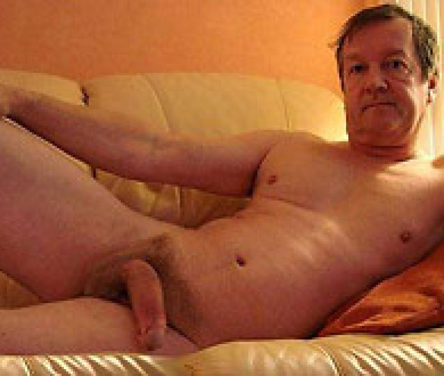 Menbucket Gay Daddy Pics And Videos Silver Daddies And Nude Older Men