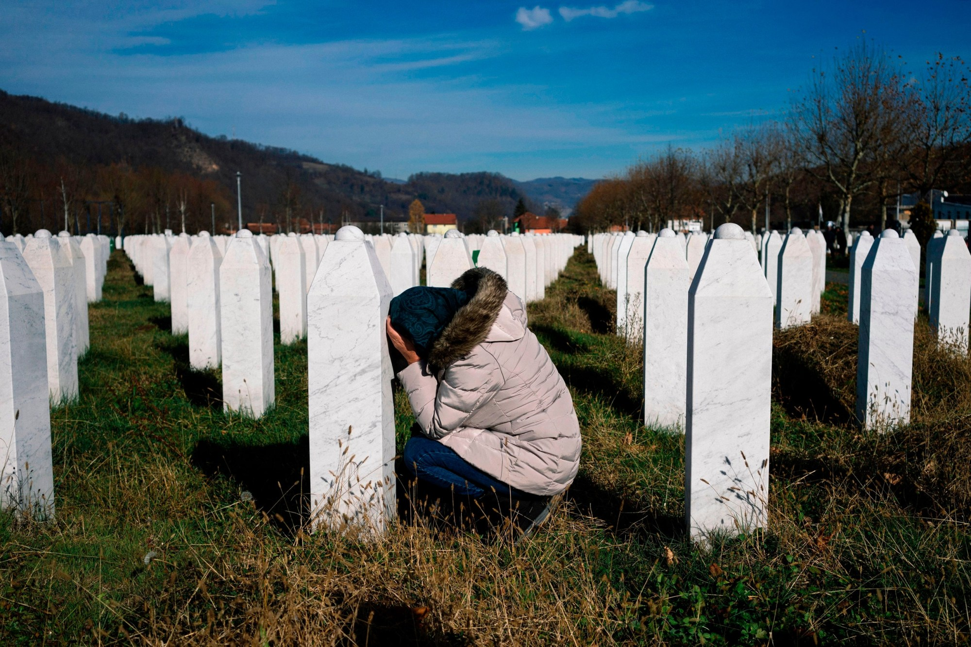 MPs and British Muslims demand apology from Prime Minister over his remarks on Srebrenica genocide victims