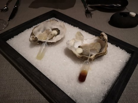 Caviar and Bull - Oysters