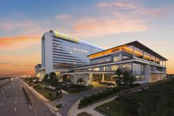 Romantic Solaire Resort & Casino Arts, Food, Shopping, SPA and Music All-In-One
