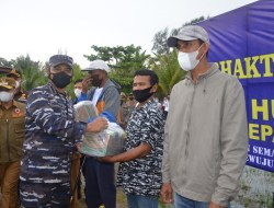 TNI AL Lanal Dumai Gelar Serbuan Vaksinasi di Pulau Terluar