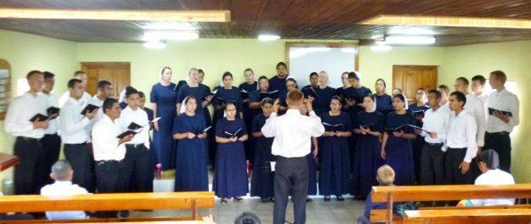 The chorus from El Salvador