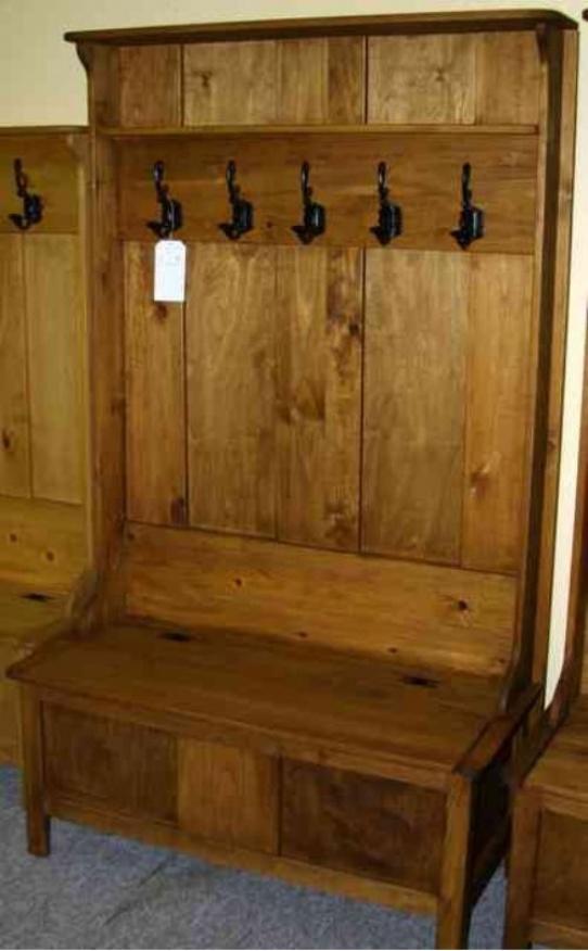 Pine Mennonite Deacons Bench With Coat Hooks Lloyds