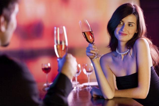 A pearl necklace is great for a first date