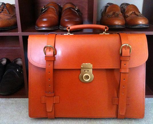 sag-briefcase