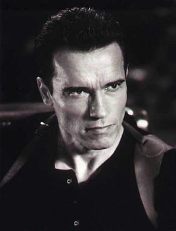 Arnold Schwarzenegger With Very Short Hair Style
