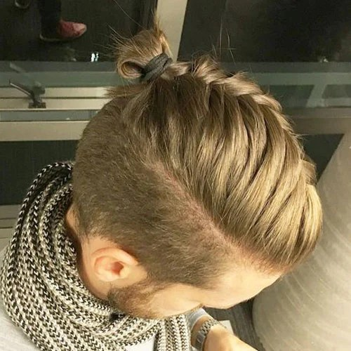 Mens Top Knot Hairstyles Mens Hairstyles Haircuts 2019