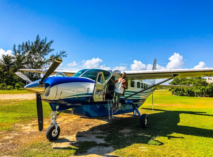 Private air taxi to Isla Holbox