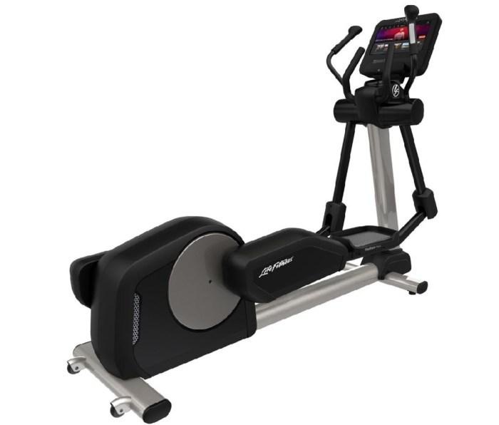 Life Fitness Club Series+ Elliptical Cross-Trainer