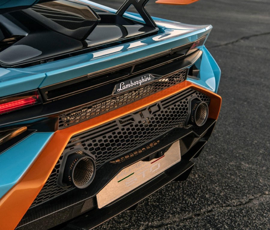 Closeup back end of blue 2021 Lamborghini Huracán STO